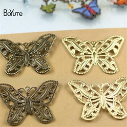 $enCountryForm.capitalKeyWord NZ - BoYuTe (50 Pieces Lot) Metal Brass Stamping 32*44MM Filigree Butterfly Findings Diy Hand Made Jewelry Materials