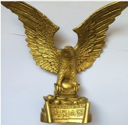 Metal Eagle Australia - Chinese Vintage Brass Handwork Hammered Wealth Succeed Eagle Statue metal handicraft
