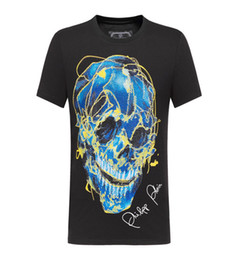 Wholesale 2019 brand new Fashion luxury designer Men s Printed Phillip Plain Short sleeved Fluorescent Skull Head Drilled Cotton T shirt M XL
