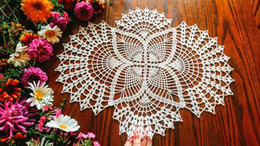 Champagne Tablecloth Wedding Australia - 1PCS Champagne lace wedding centerpiece decor. Crochet oval ivory doily overlay for wedding tablecloth. Many colors