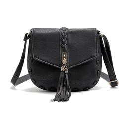 $enCountryForm.capitalKeyWord UK - Vintage Tassel Shoulder Bag ladies pu leather tassel messenger handbag crossbody bags new model for lady female bags