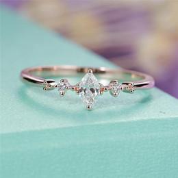 $enCountryForm.capitalKeyWord Australia - Marquise Cut Engagement Ring for Women Three Stone Cluster Bridal Rings Wedding Jewelry Dainty Female Finger Ring
