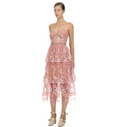$enCountryForm.capitalKeyWord Australia - Best Quality Series,bridesmaid Long Dress Sexy Pink Floral Embroidery Sexy V Neck Evening Party Prom Layered Dresses Gift for Women 2987