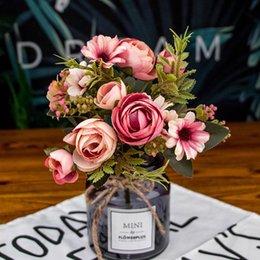 Flor de seda buquê de rosas de casamento Flores artificiais folha falsa buquês de noiva flor de casamento decoração em Promoção