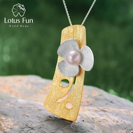 $enCountryForm.capitalKeyWord NZ - Lotus Fun Real 925 Sterling Silver Natural Pearl Handmade Fine Jewelry Fresh Clover Flower Pendant Without Necklace For Women Y19061003