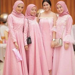 f9def4e3b481 Pink Muslim Bridesmaid Dresses Long Mixed Style Cheap Maid Of Honor Dress  robes de demoiselle d honneur Wedding Guest Dresses DB032
