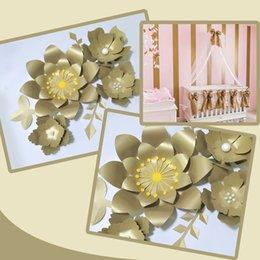 Vente en gros Main Or Rose Flor DIY Papier Fleurs Fleurs Or Feuilles Set Pour Toiles De Décors Décorations Pépinière Mur Déco Filles Chambre Vidéo Tutoriels