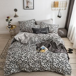King Size Leopard Print Bedding Sets UK - Comforter Bedding Set Luxury Panther Leopard Print Bed Set Cotton Queen King Size Duvet Cover Sex Appeal Bed Sheet