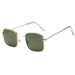 Polarized Metal Sunglasses NZ - 19 new Women's Brand Designer Sunglasses Fashion Men's Women's Polarized Sunglasses Metal Frame Sunglasses Top Quality Glasses Free Shipping