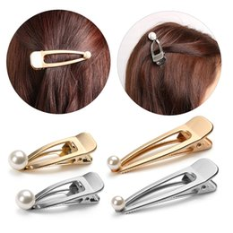 Wholesale Duckbill Hair Clips Australia - Trendy Women Pearls Metal Hair Pins Gold Silver Color Hollow Duckbill Hair Clip Barrettes Side Clips Styling Tools Beauty