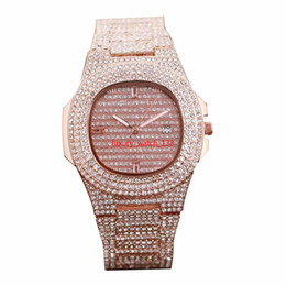 $enCountryForm.capitalKeyWord Australia - New Full Diamond Watch Waterproof Luxury Mens Watches Fashion Quartz Wristwatches Stainless Steel Cool Calendar Men Wrist watches B