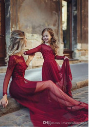 plus size mother daughter dresses UK - Newest Burgundy Evening Dress Long Sleeves Mother And Daughter Dresses Lace Tulle Applique Floor Length Long Formal Prom Party Gown