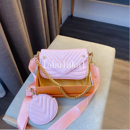 Wholesale chains factory cell phones resale online - Factory direct brand women bag winter new lock leather bag classic embroidered line wavy women chain bag elegant temperament with box