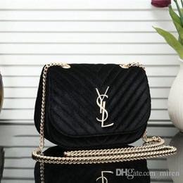 Luxury Chains Australia - Hot Shoulder Bags Women Luxury Chain Crossbody Bag Handbags Famous Designer Purse High Quality Female Message Bag