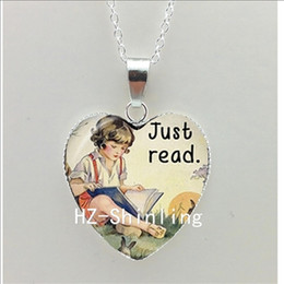 $enCountryForm.capitalKeyWord NZ - New Book Quote Heart Necklace Book Lover Gift Jewelry So Many Places So Little Time Pendant Silver Heart Shaped Necklaces HZ3