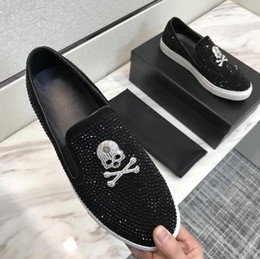 european style men casual shoes UK - Fashion European style Casual Formal Shoes For Men Black skull rhinestone Genuine Leather Men Wedding Shoes Metallic Mens Studded Loafers