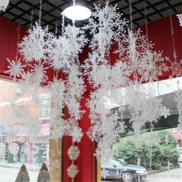 $enCountryForm.capitalKeyWord Australia - Merry Christmas Tree Snowflake Plastic Market Hotel Display Window Ornaments Snow Flakes Decoration Gift Xmas Festive Party Supplies