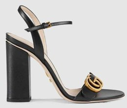 Scarpette da donna Sandali Scarpe con tacchi Scarpette in vera pelle Pantofole da donna di alta qualità Sandali da uomo Huaraches Scuff per donna Eu: 35-40 di scarpe 02 in Offerta