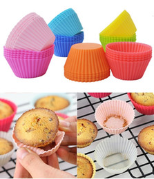 cupcake makers Canada - New 7cm Silicone Soft Round Cake Muffin Chocolate Cupcake Molds Bakeware Maker Mold Tray Baking Cup Liner Molds Liner Baking Cup Molds