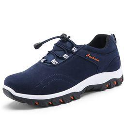 $enCountryForm.capitalKeyWord Australia - Fashion Men Casual Shoes Comfortable Handmade Canvas Shoes For Male Outdoor Hiking Shoes Men Sneakers New Men Vulcanize