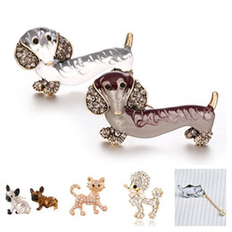 Discount dog brooches - New 1pc Animal Brooch Cute Cartoon Cat Dog Style Brooch Men Women Fashion Enamel Jewelry Bag Dress Accessories