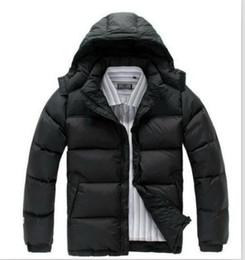 Venta al por mayor de 2019 Hombres de invierno al aire libre abrigos pesados norte abajo chaqueta al aire libre chaquetas ligeras para hombre repelente al agua Puffer chaqueta cara 9900