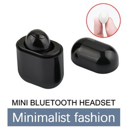 Wholesale Single Mini Hidden Bluetooth Earphone In ear Wireless Earphone for iPhone X XR Note8 Xiaomi With Charging Stand Small Stereo Earbuds