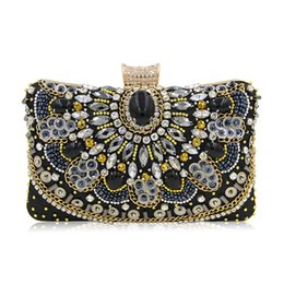 fe4e7a9072 Fashion Women Evening Clutch Bags New Design Gift Womens Crystal Rhinestone  Bag Banquet Lady Party Purse Shoulder Bag With Chain