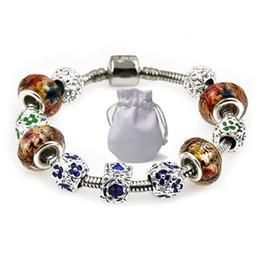 c7fc79e9c7c5 Diseñador de lujo de Las Mujeres Pulseras Del Encanto Fit Pandora Blanco  Marrón Diamante Cristal Perlas de Cristal Brazalete de Plata Flor Pulseras  Con ...