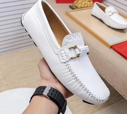 $enCountryForm.capitalKeyWord Australia - 39-44eu 2019 spring summer fall mens black white Genuine leather gold buckle strap breathable Driving Drivers soft Loafers