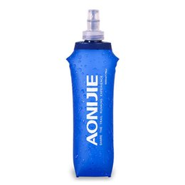 $enCountryForm.capitalKeyWord Australia - AONIJIE 500ML Folding TPU Free Water Bottle Ware Health Free BPA Collapsible Soft Flask Running Sport Bicycle Bottle Water Bag