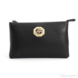 $enCountryForm.capitalKeyWord NZ - Personality Versatile Men's Leather Envelope Baotou Layer Leather Casual Simple Multi-card Large Capacity Trend Handbag jooyoo