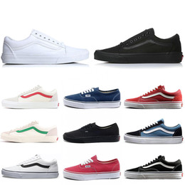 Wholesale Cheap Brand Van old skool fear of god men women canvas sneakers classic black white YACHT CLUB red blue fashion skate casual shoes