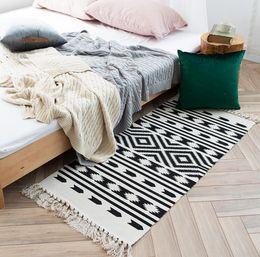 $enCountryForm.capitalKeyWord NZ - Retro kitchen Carpet For Sofa Living Room Bedroom Rug Cotton Tassels Yarn Dyed Table Ruuner Bedspread Tapestry Home Decoration