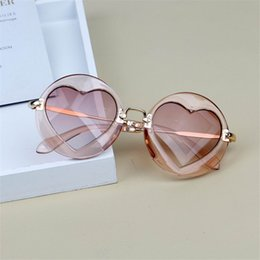 SunglaSSeS babieS online shopping - Fashion Baby Boys Kids Sunglasses Brand Design Children love Sun Glasses Baby Summer Heart Eyewear Goggles Party glasses FML