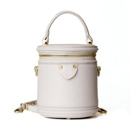 $enCountryForm.capitalKeyWord NZ - Early Spring New Type Small Water Bucket bag Packed with True Leather Packed with Bovine Skin Shoulder Bag