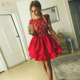 Club gowns online shopping - Lovely Red Homecoming Dresses Lace Satin Ruched Knee Length Short Prom Gowns Sleeveless Customized Slim fit Cocktail Party Dresses