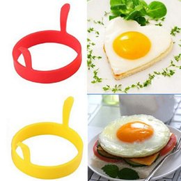 egg mould fry Canada - 1PC Recent Perfect Round Shaped Silicone Fried Egg Mould Ring for Kitchen Creative Egg Tools RRA3101