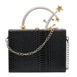 box handbags NZ - Crocodile Box Evening Bag Diamond Flower Clutch Bag Luxury Handbag Banquet Party Purse Women's Shoulder