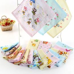 $enCountryForm.capitalKeyWord NZ - Cotton Gauze Towel INS Baby Bibs Floral Bear Animal Print Square Towel Bandana Infants Saliva Cloth Kids Cartoon handkerchief GGA2307