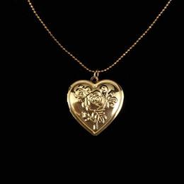 $enCountryForm.capitalKeyWord Australia - Creative Design Photo Frame Memory Locket Heart Shape Pendant Necklaces Link Chain Romantic Jewelry Vintage Rose Flower Necklace