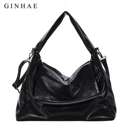 16a4ab735ca Fashion Crocodile Casual Tote Bags Handbags Women Famous Brands Soft  Leather Hobos Large Capacity Women Shoulder Messenger Bags
