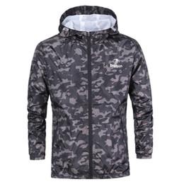 $enCountryForm.capitalKeyWord Australia - 2019 New Outdoor Sports Windbreaker Jacket Men Camouflage Coats Hiking Camping Fishing Waterproof Windproof Clothing