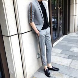 $enCountryForm.capitalKeyWord Australia - Summer With Pants Fashions Designs Grey Mens Fitted Suits Slim Fit Tuxedo British Colete Social Club C190416