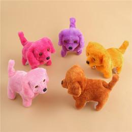 venda por atacado Fábrica de brinquedos de pelúcia direta auspicioso Yiwu elétrica brinquedo da novidade cão eletrônico brinquedo boneca cão único