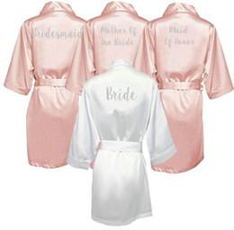 Ingrosso Dark Pink Robe Lettera Argento Kimono raso pigiami dell'abito di cerimonia damigella Suor Madre della Sposa Robes
