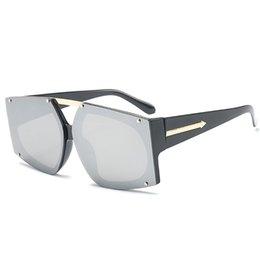 Óculos de Sol de Marca Designer De Luxo Do Vintage óculos de Sol Grandes Mulheres De Cor Colorida Lente Dos Homens Do Vintage Em Forma de Óculos De Sol em Promoção