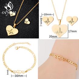 $enCountryForm.capitalKeyWord Australia - Oly2u Gold Heart Jewelry Sets For Women Stainless Steel Heartbeat Pendant Necklaces Stud Earrings Fashion Wedding Jewelry Set