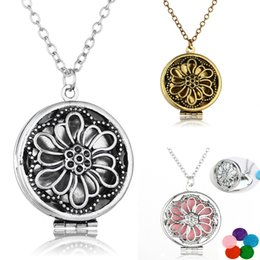 $enCountryForm.capitalKeyWord Australia - 3 Styles Charm Hollow Flower Aromatherapy Essential Oil Diffuser Necklace Pendant Locket Necklaces Women Girls Jewelry Gift Set B398Q F