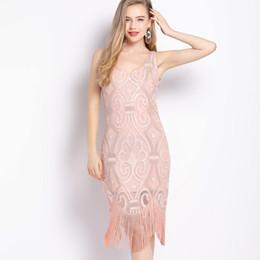 $enCountryForm.capitalKeyWord Australia - Retro 1920s Gatsby Party Flapper Dress Double V Neck Sleeveless Paisley Sequin Bead Embellished Fringe Swing Dress Vestido